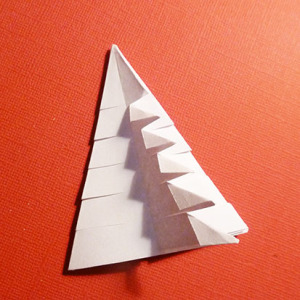 easy-origami-christmas-tree-2