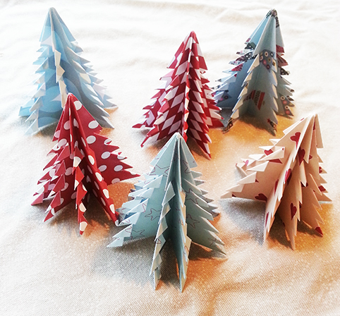 origami Christmas tree craft