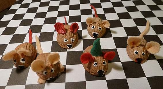 Christmas walnut mice